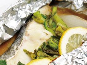 【vol.28今月のまかないごはん】白身魚のレモン蒸し