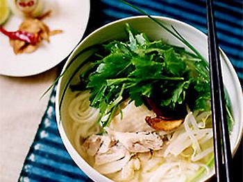 鶏と水菜の稲庭フォー