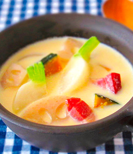 豆乳の根菜スープ