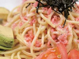 【vol.19 今月のまかないごはん】夏にピッタリ サラダ冷麺