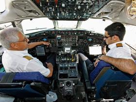 航空業界の舞台裏に迫る! パイロット&CAの仕事と恋愛って?