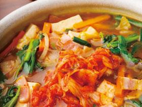 【vol.41今月のまかないごはん】木綿豆腐と春雨のピリ辛スープ