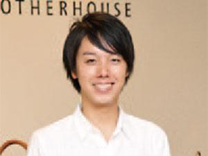【vol.25】マザーハウス大阪店/ハービスPLAZA ENT 3階 東原圭佑さん