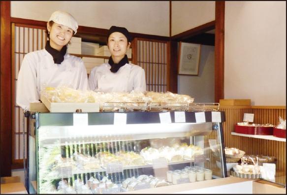 季節の洋菓子と天然酵母パン あおい ほか