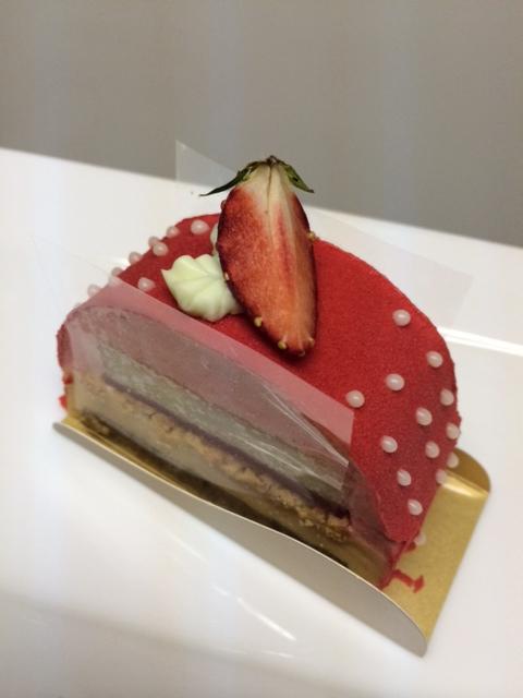 ミニーちゃんみたいなケーキ☆★