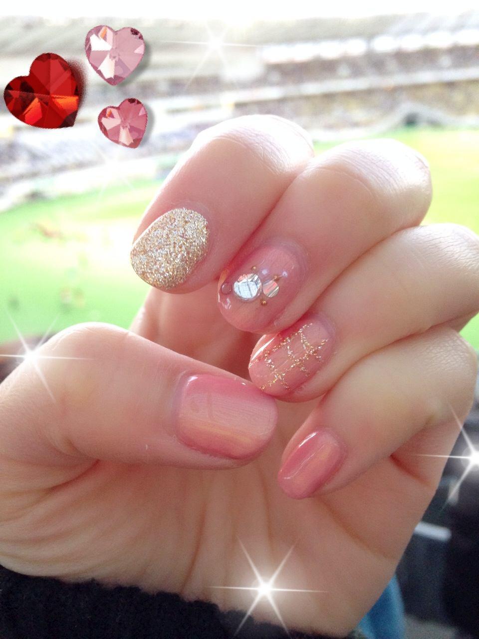12月のネイルはピンクでクリスマスに備えて♡