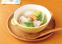 鶏のあったか鍋スープ