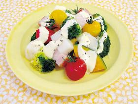 お餅と冬野菜の温サラダ