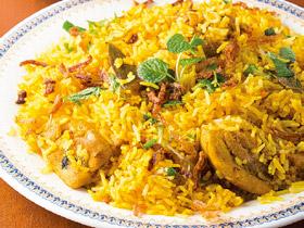 本場インドの炊き込みご飯 スパイシーな「ビリヤニ」