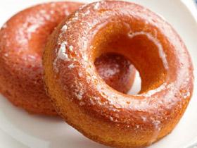 素朴な焼き菓子の甘い香り! ヘルシーな「焼きドーナツ」