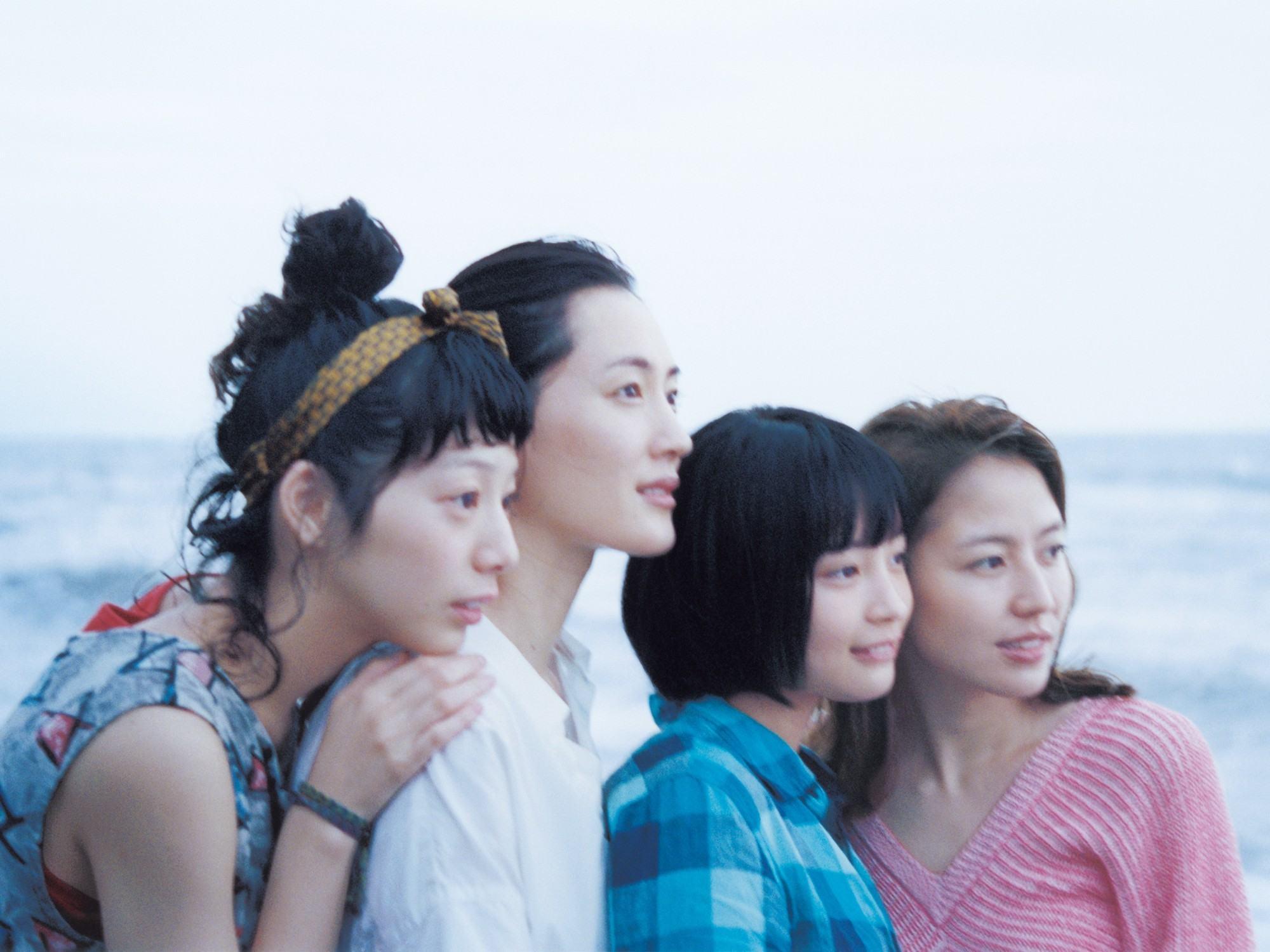 鎌倉を舞台に四姉妹が絆を紡ぐ― 映画「海街diary」是枝監督のことば