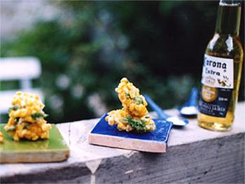 生トウモロコシと香菜のかき揚げ