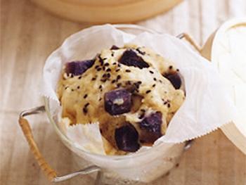 紫芋の豆乳蒸しパン