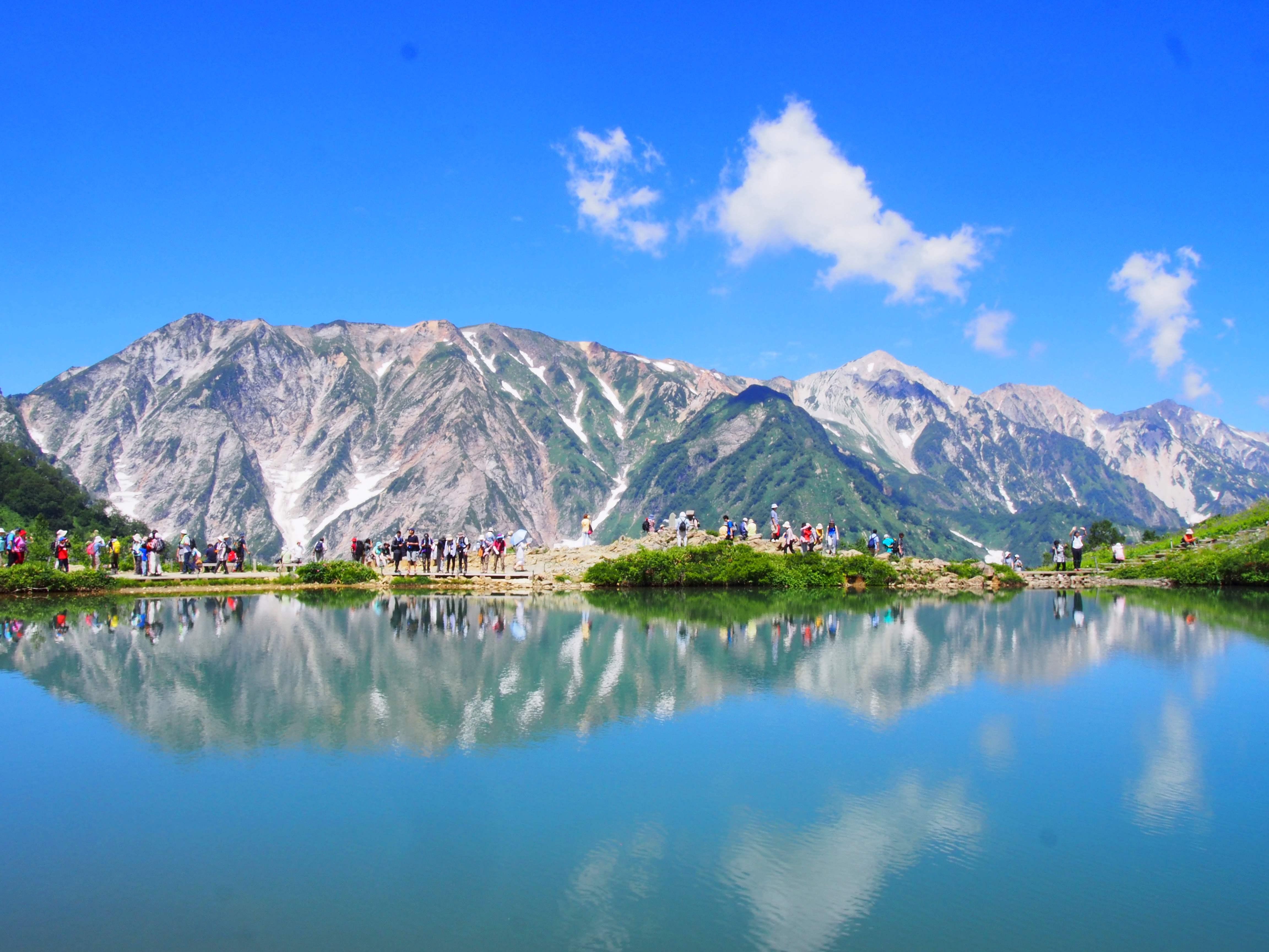 【白馬】鏡のような「八方池」と北アルプス入門の山「唐松岳」