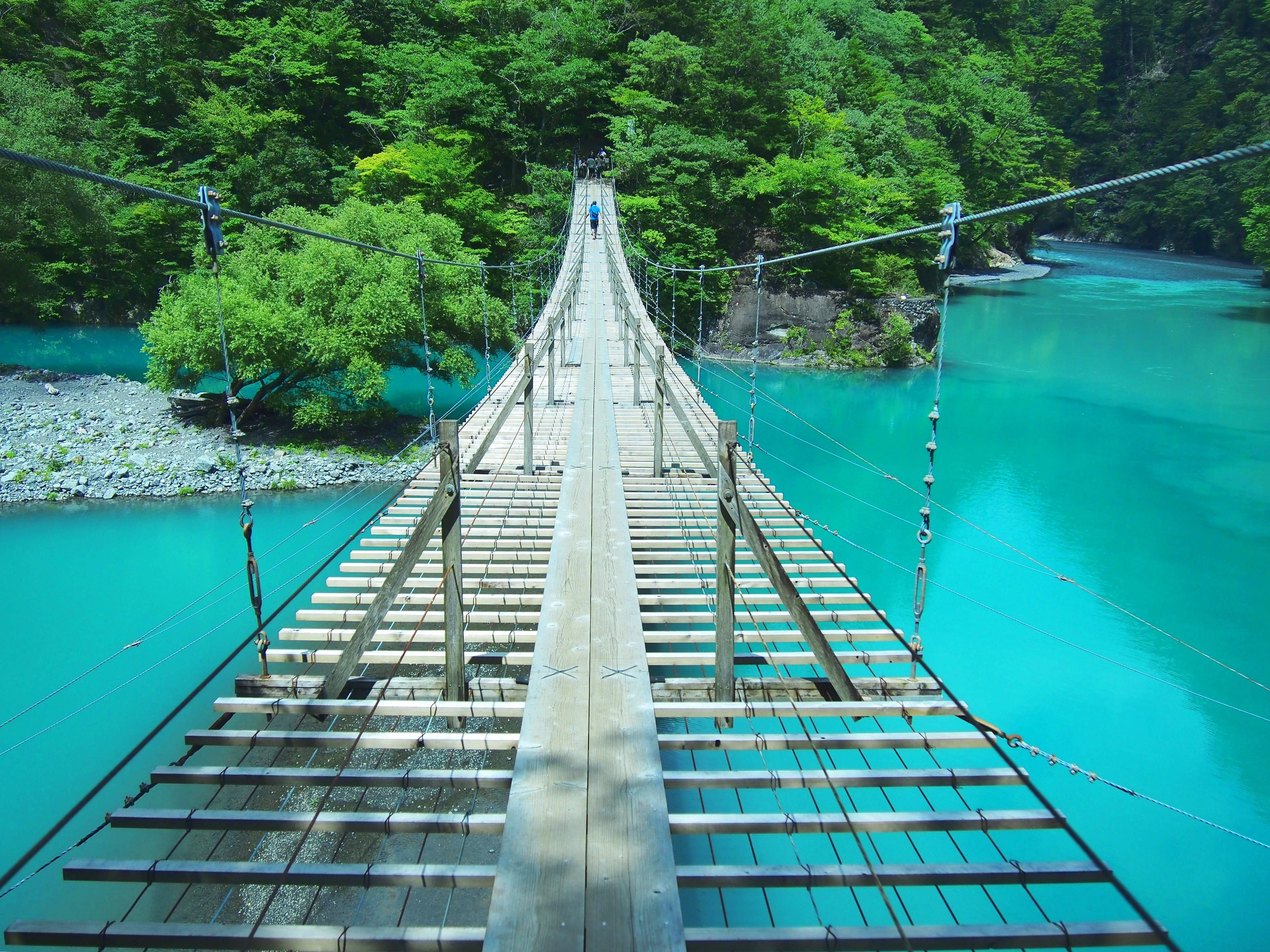 【夢の吊橋】世界のベスト10に選ばれた吊り橋