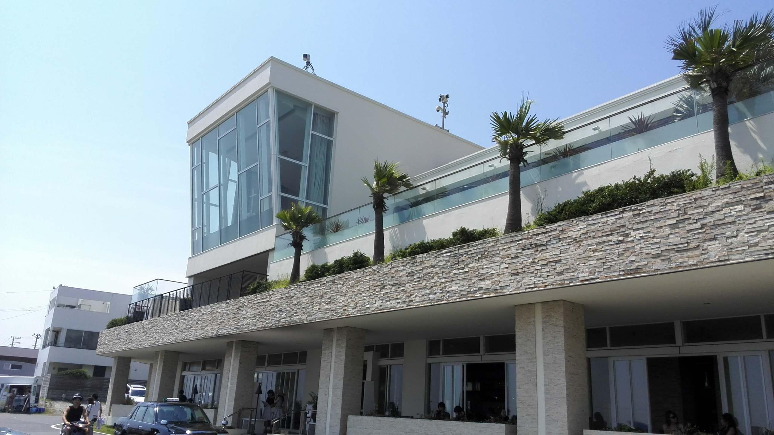 【海】夏のサザンビーチカフェで休日ブランチ