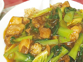ボリューム満点! 本格的台湾料理 「百鶴楼」