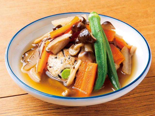 【vol.55今月のまかないごはん】ヒジキとキノコの高野豆腐ハンバーグ