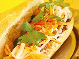 珍しい味に衝撃も ベトナムサンドウィッチ