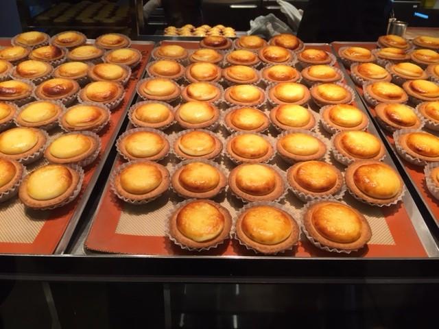 感動のおいしさ!北海道発 焼きたてチーズタルト専門店BAKE