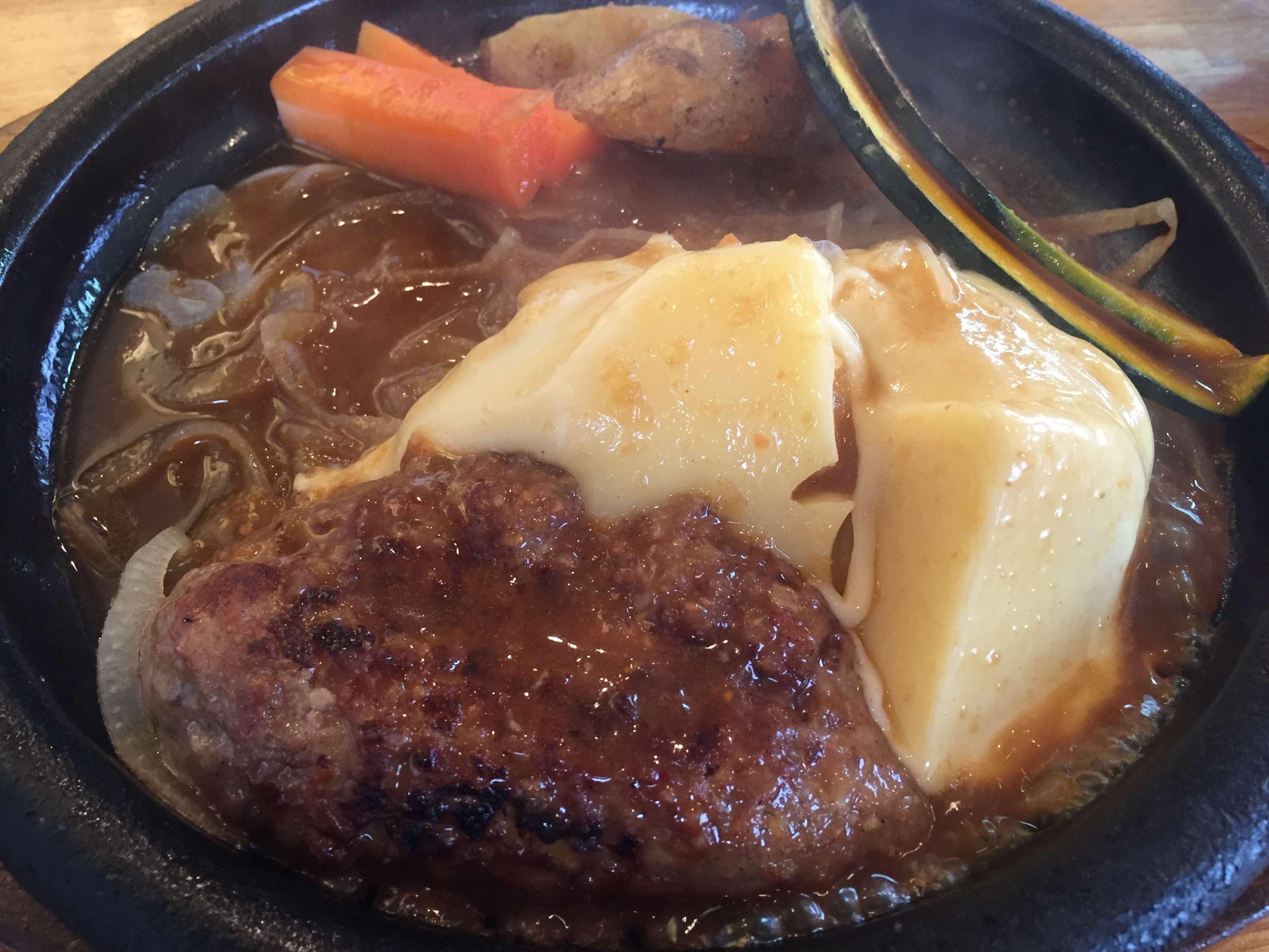 【肉食女子】炭焼きハンバーグでコスパ最強のお店といえばココ!~牛吉~