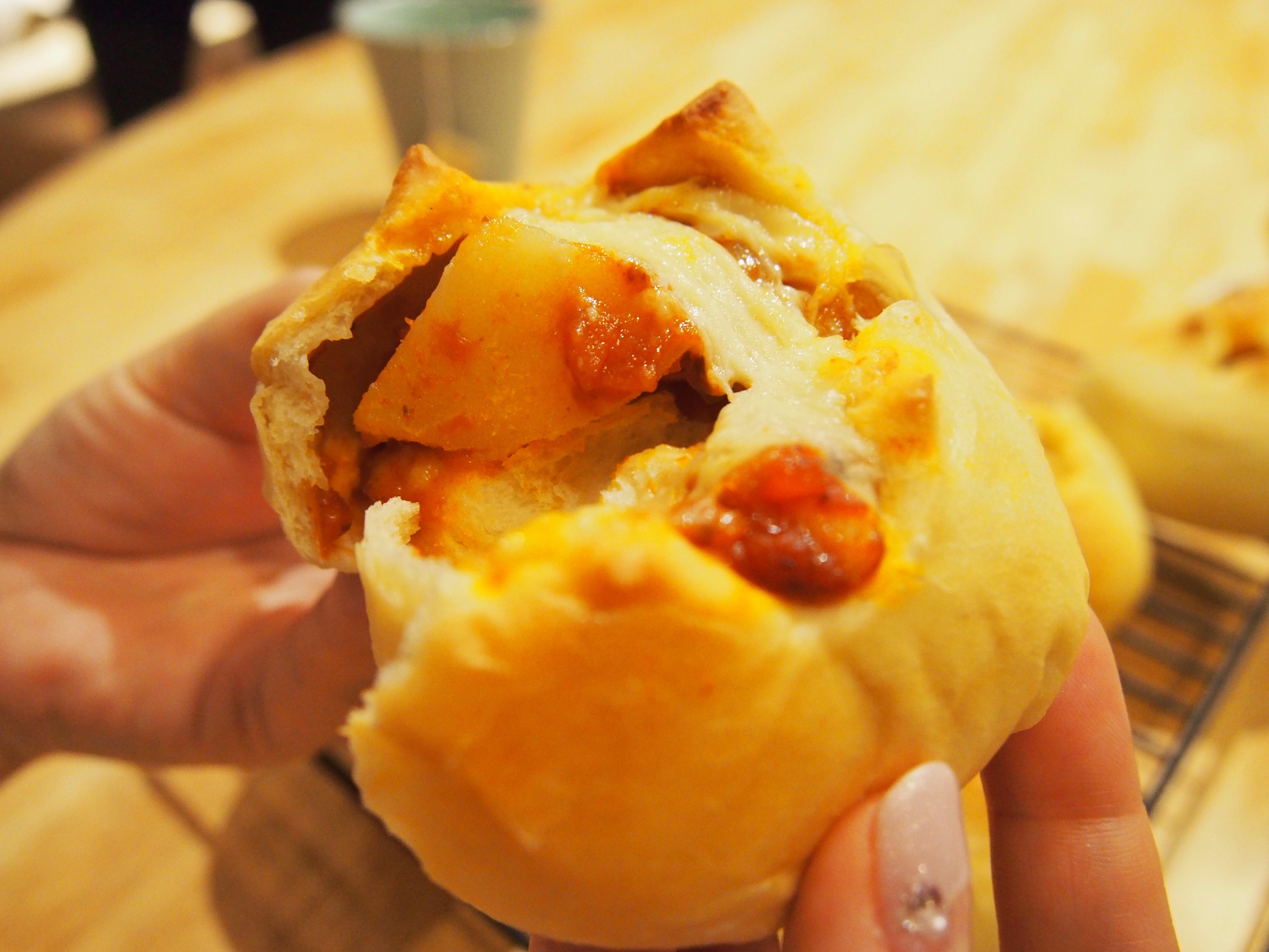 【パン作り③】ロールパンとじゃがミートパン