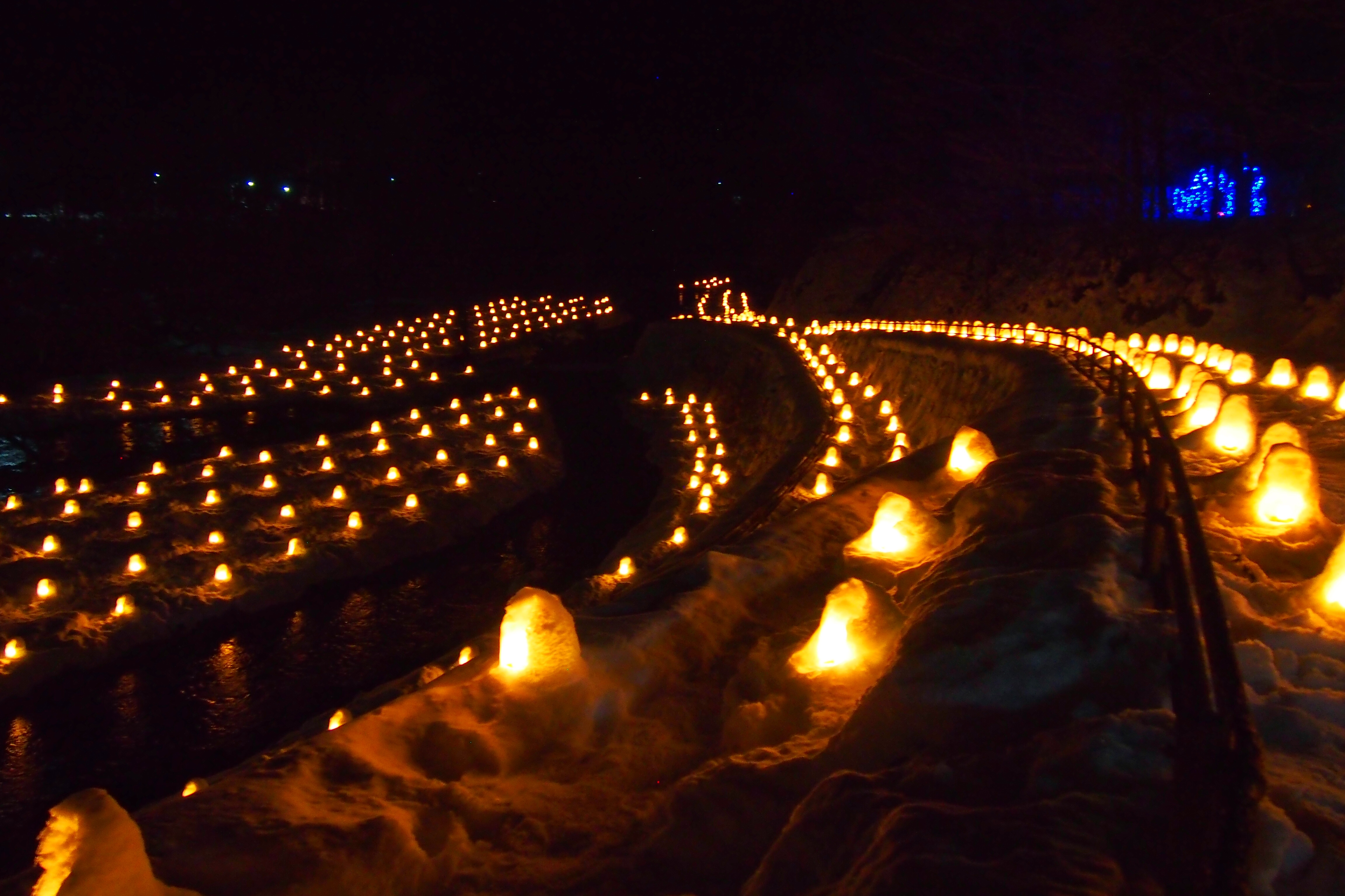 【湯西川温泉】幻想的な『かまくら祭』と雪見温泉にほっこりの旅