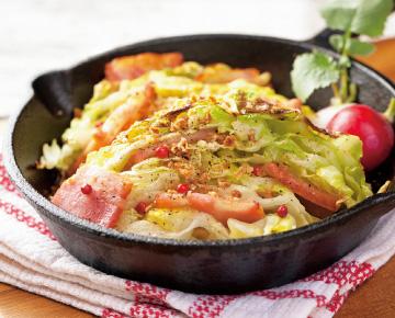 【今回の食材:春キャベツ】キャベツとベーコンのオーブン焼き