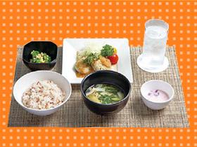 ビュッフェに和個室、自由な風土を体現 日本ヒューレット・パッカード