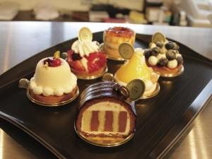 Pâtisserie café L'Or、手稲バル MELLDIES