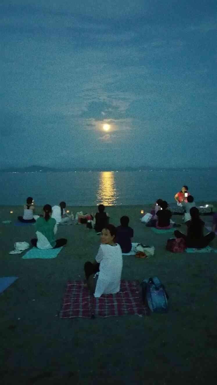 行ってきた!非日常体験部★三浦海岸で「月ヨガ」byマホロバマインズ三浦