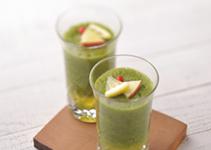 キャベツと同じアブラナ科の緑黄色野菜「ケール」は眼病予防と快眠にも効果的な野菜の王様!