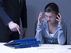 気分屋の上司に振り回される毎日、攻略法はありますか?