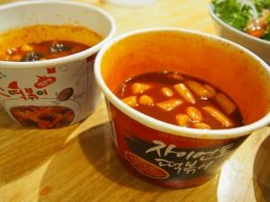 韓国土産はコレ!コンビニで買えるインスタント「カップ トッポキ」