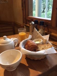 冬の朝を楽しもう♪パン屋さんの絶品モーニングは朝イチがおすすめ!