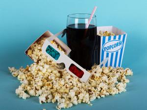 映画気分を上げるも下げるもマナー次第!? 映画館での飲食