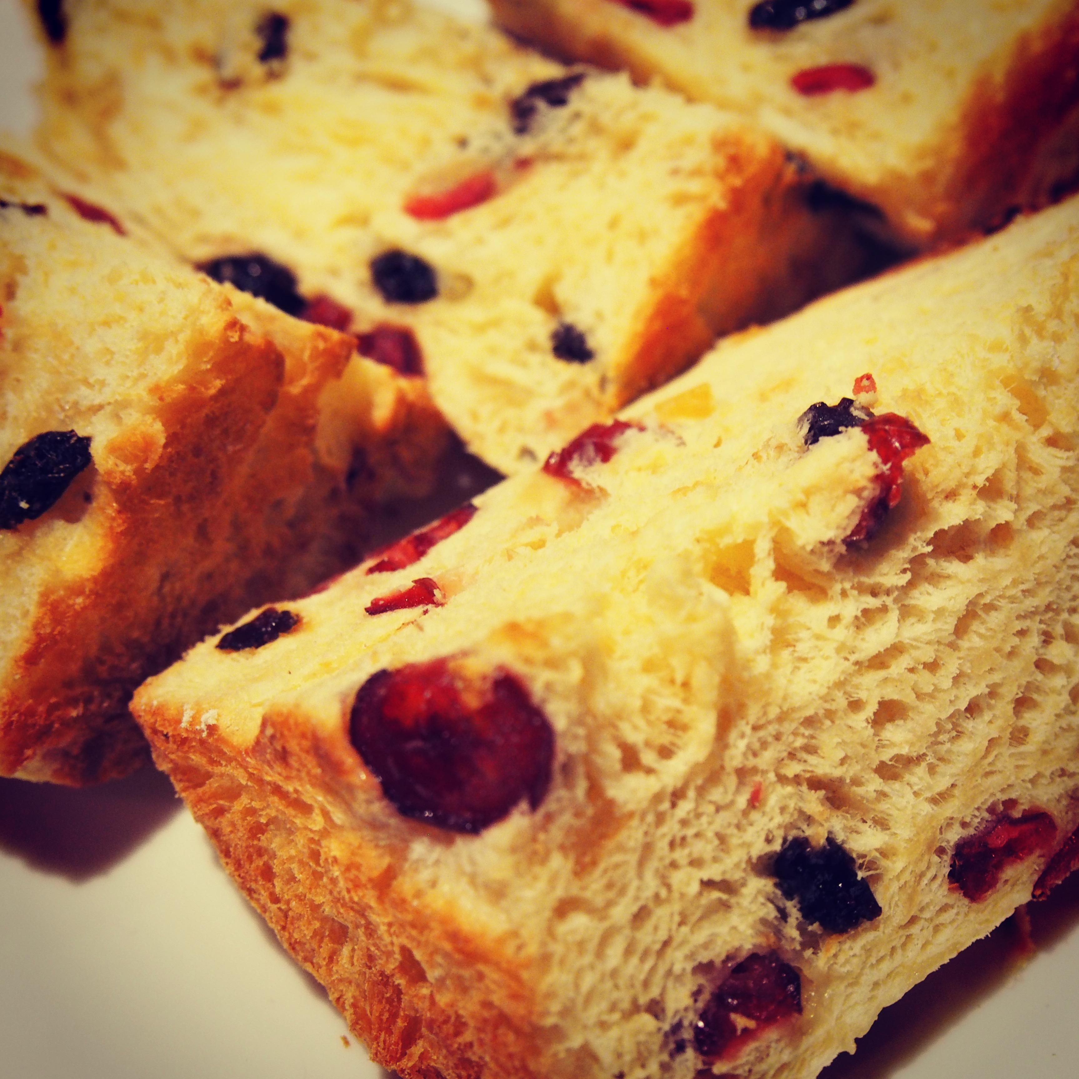 クリスマス♪イタリアの伝統菓子パン『パネトーネ』作りました!