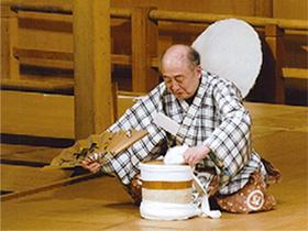 毎月第2日曜は「狂言の日」 2000円で狂言2曲を 解説付きで楽しめる公演