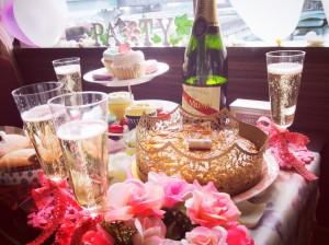 【ホテルで女子会】コンセプトを決めてパーティーを盛り上げよう!