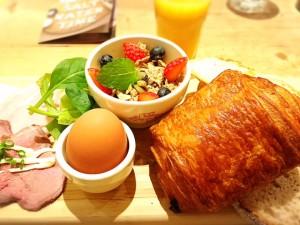 ベルギー発祥のベーカリーレストラン【ル・パン・コティディアン】へ!!
