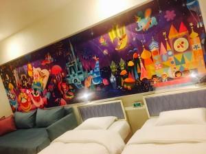 【ディズニーオフィシャルホテル】壁が可愛すぎる!!夢の国女子会♡