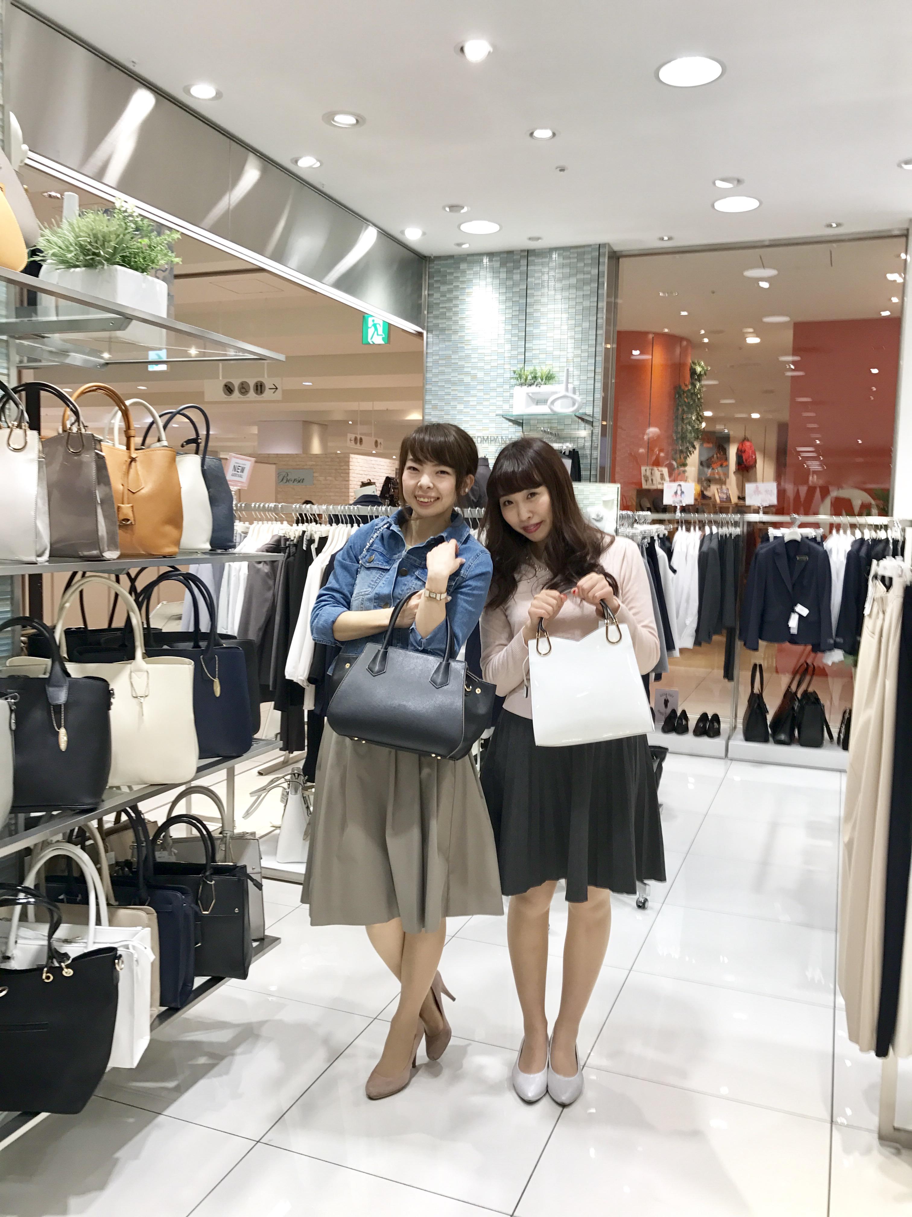 横浜にあるショッピングモールコレットマーレへ!