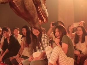 仕事帰りに超リアルな恐竜サファリへ出かけよう