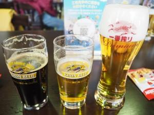 出来立てビールを無料で3杯楽しむ。