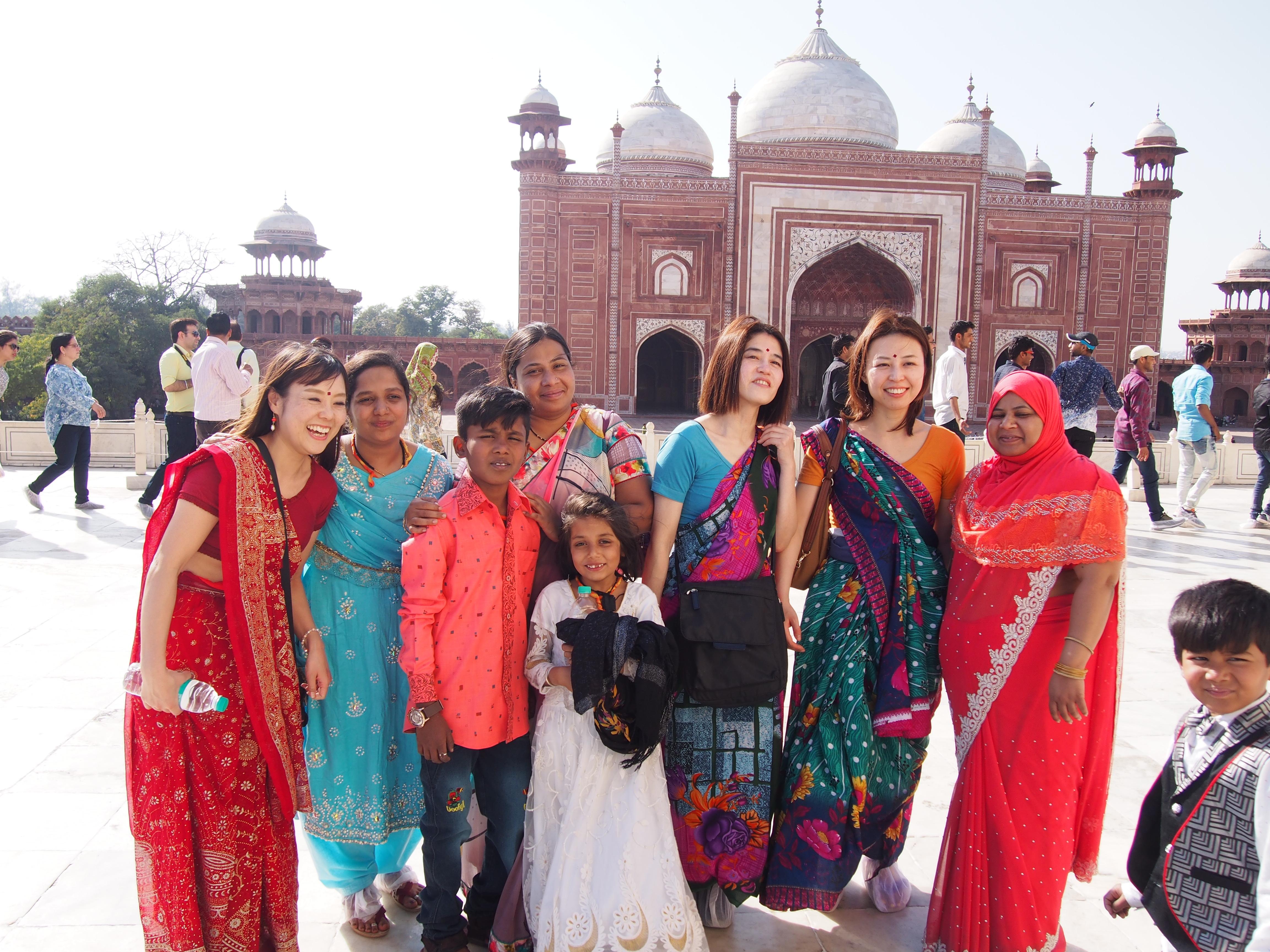 【インド旅行記②】民族衣装・サリーを着てみる