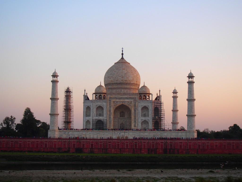 india03_12