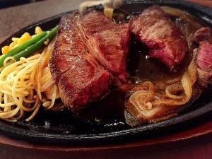 恵比寿で1000円ガッツリ美味しいモンスターステーキ!生ビール150円