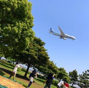 【城南島海浜公園】離着陸する飛行機を間近にみながらBBQ!