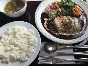 【肉食女子】デミグラスハンバーグといったらココ!~レストランユっぴー~