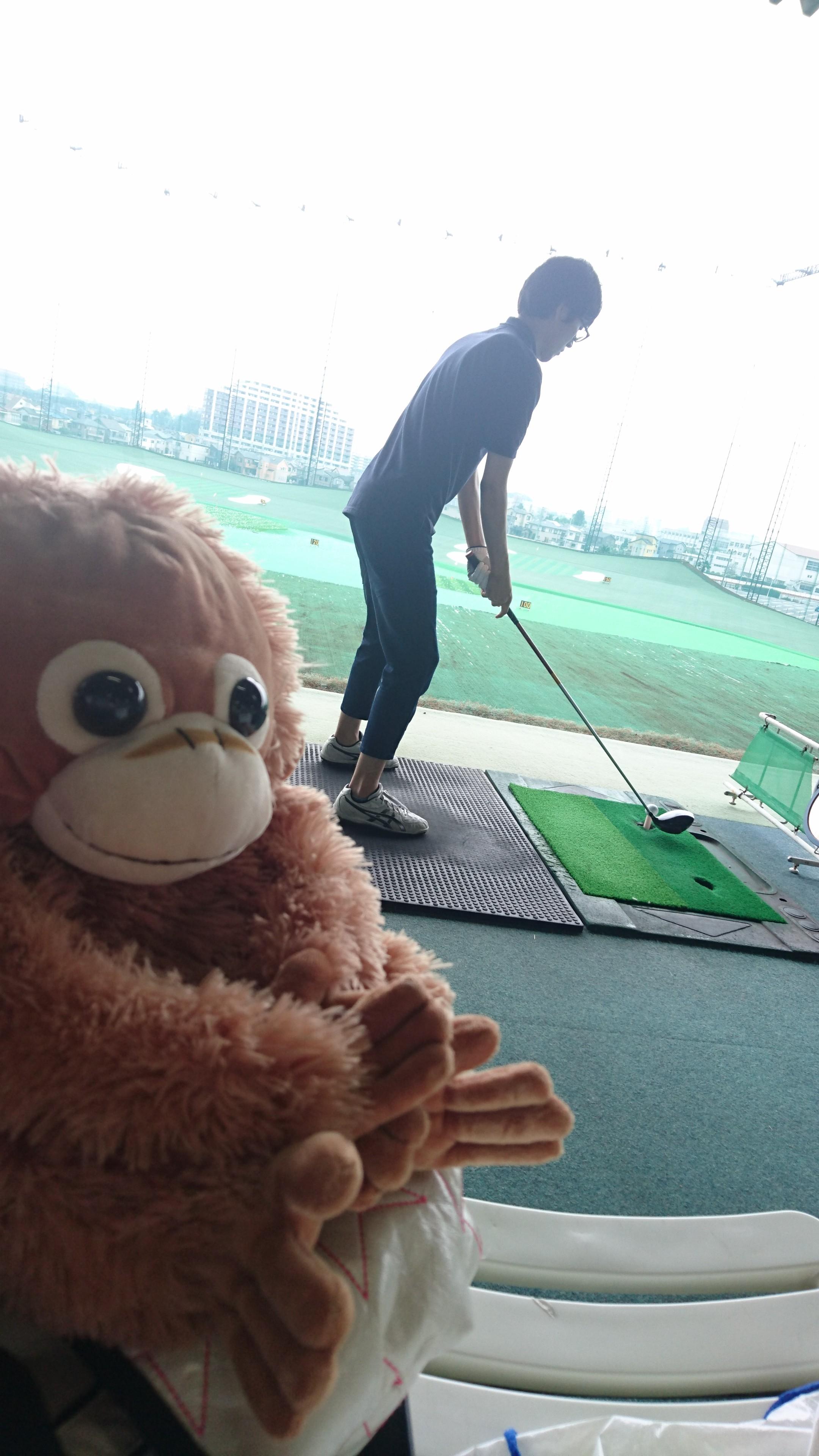 休日のゴルフの打ちっぱなし